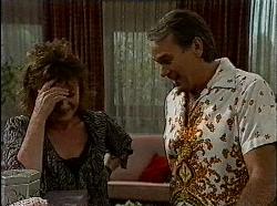Pam Willis, Doug Willis in Neighbours Episode 1830