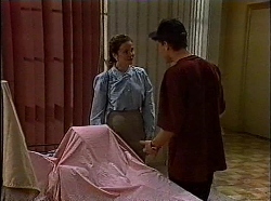 Julie Robinson, Michael Martin in Neighbours Episode 1830