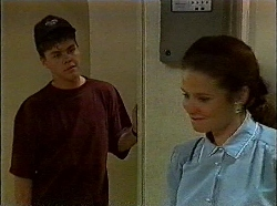 Michael Martin, Julie Robinson in Neighbours Episode 1830