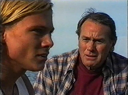 Brad Willis, Doug Willis in Neighbours Episode 1830
