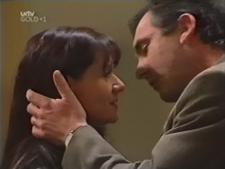 Susan Kennedy, Karl Kennedy in Neighbours Episode 3147