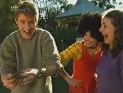 Lance Wilkinson, Anne Wilkinson, Hannah Martin in Neighbours Episode 3153