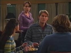 Susan Kennedy, Libby Kennedy, Mike Healy, Joel Samuels in Neighbours Episode 3157