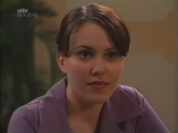 Libby Kennedy in Neighbours Episode 3157