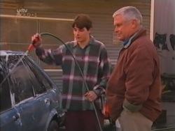 Paul McClain, Lou Carpenter in Neighbours Episode 3158
