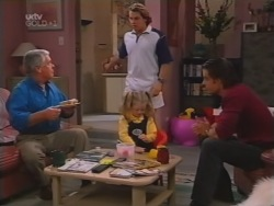 Lou Carpenter, Joel Samuels, Louise Carpenter (Lolly), Drew Kirk in Neighbours Episode 3159