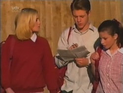 Amy Greenwood, Lance Wilkinson, Anne Wilkinson in Neighbours Episode 3160