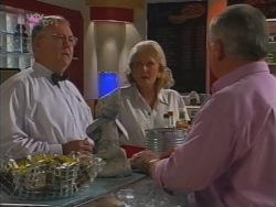 Harold Bishop, Madge Bishop, Lou Carpenter in Neighbours Episode 3163