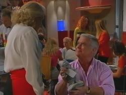 Madge Bishop, Lou Carpenter in Neighbours Episode 3163