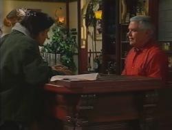 Drew Kirk, Lou Carpenter in Neighbours Episode 3164