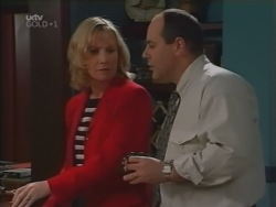 Ruth Wilkinson, Philip Martin in Neighbours Episode 3165