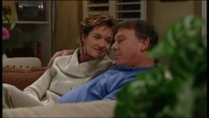 Susan Kennedy, Alex Kinski in Neighbours Episode 4850