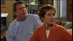 Alex Kinski, Susan Kennedy in Neighbours Episode 4850