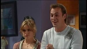 Elle Robinson, Stuart Parker in Neighbours Episode 4850