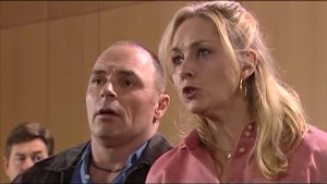 Kim Timmins, Janelle Timmins in Neighbours Episode 4853
