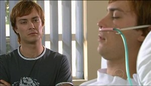 Robert Robinson, Cameron Robinson in Neighbours Episode 4982