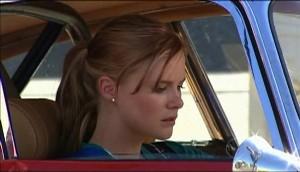 Elle Robinson in Neighbours Episode 4982