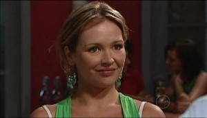 Steph Scully in Neighbours Episode 4984