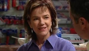 Lyn Scully, Karl Kennedy in Neighbours Episode 4985