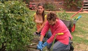 Rachel Kinski, Susan Kennedy in Neighbours Episode 4986