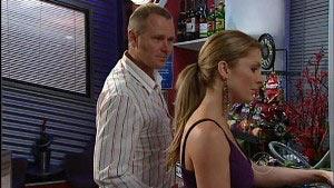 Max Hoyland, Izzy Hoyland in Neighbours Episode 4988