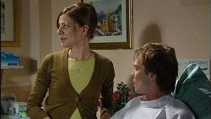 Gail Robinson, Robert Robinson in Neighbours Episode 4988