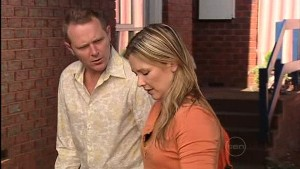 Max Hoyland, Steph Scully in Neighbours Episode 4989
