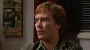 Robert Robinson in Neighbours Episode 4992