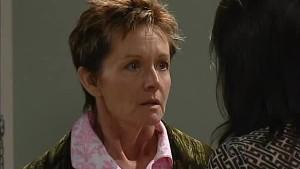 Susan Kennedy, Jenny McKenna in Neighbours Episode 4996