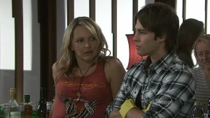 Steph Scully, Ty Harper in Neighbours Episode 5528