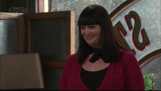 Kelly Katsis in Neighbours Episode 5569