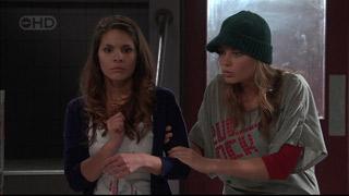 Rachel Kinski, Donna Freedman in Neighbours Episode 5569
