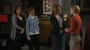 Rebecca Napier, Susan Kennedy, Miranda Parker, Elle Robinson in Neighbours Episode 5574