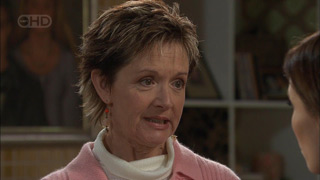 Susan Kennedy in Neighbours Episode 5577