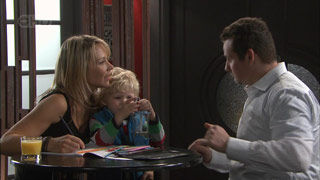 Steph Scully, Charlie Hoyland, Toadie Rebecchi in Neighbours Episode 5578