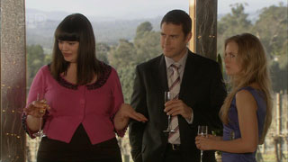 Kelly Katsis, Andrew Simpson, Elle Robinson in Neighbours Episode 5578