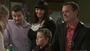 Elle Robinson, Toadie Rebecchi, Kelly Katsis, Callum Jones, Paul Robinson in Neighbours Episode 5579