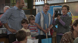 Steve Parker, Ben Kirk, Mickey Gannon, Toadie Rebecchi, Susan Kennedy in Neighbours Episode 5581