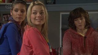 Rachel Kinski, Donna Freedman, Bridget Parker in Neighbours Episode 5581