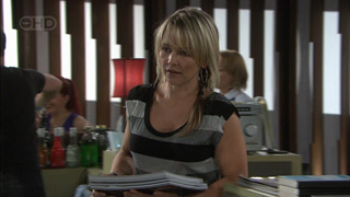 Steph Scully in Neighbours Episode 5582