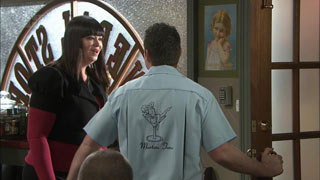 Kelly Katsis, Toadie Rebecchi in Neighbours Episode 5585
