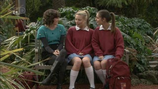 Bridget Parker, Donna Freedman, Rachel Kinski in Neighbours Episode 5586