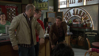 Steve Parker, Toadie Rebecchi, Paul Robinson in Neighbours Episode 5586