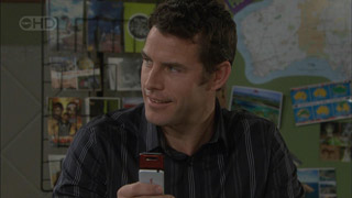 Andrew Simpson in Neighbours Episode 5586