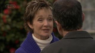 Susan Kennedy, Karl Kennedy in Neighbours Episode 5587