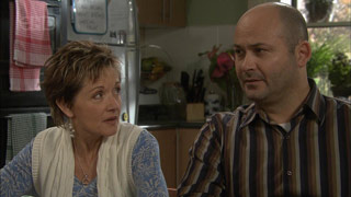 Susan Kennedy, Steve Parker in Neighbours Episode 5587
