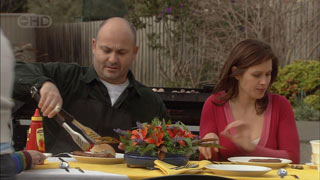 Steve Parker, Rebecca Napier in Neighbours Episode 5588