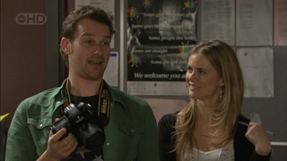 Lucas Fitzgerald, Elle Robinson in Neighbours Episode 5589