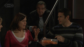 Rebecca Napier, Karl Kennedy, Andrew Simpson in Neighbours Episode 5589