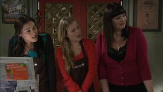 Carmella Cammeniti, Elle Robinson, Kelly Katsis in Neighbours Episode 5590